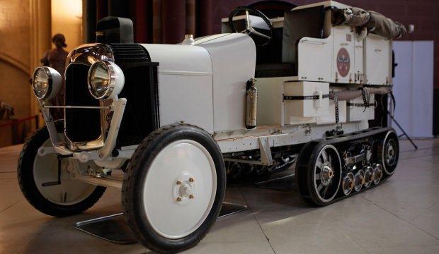 Golden Scarab, Citroen'in 100. yılı için yeniden üretildi