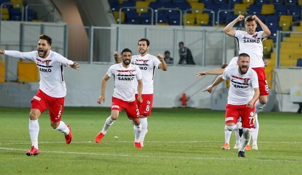 1. Lig play-off'ta inanılmaz maç! 9-8'le finale...