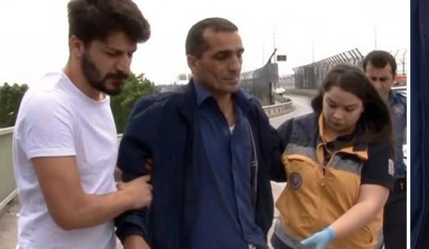 Karnına sapladığı ekmek bıçağıyla hastaneye kaldırıldı!