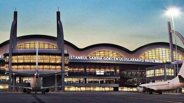 Neredeyse hayalet havalimanı halinde bulunan Sabiha Gökçen Havalimanı, AK Parti, hükümetiyle beraber tam kapasite kullanılmaya başlandı hatta yetmedi. Yeni terminal binası da AK Parti döneminde inşaa edildi.