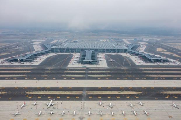İstanbul Havalimanı'ndan bu yılın ocak-mayıs döneminde 9 milyon 958 bin 587 yolcu seyahat etti.