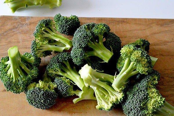 Brokoli temizliği