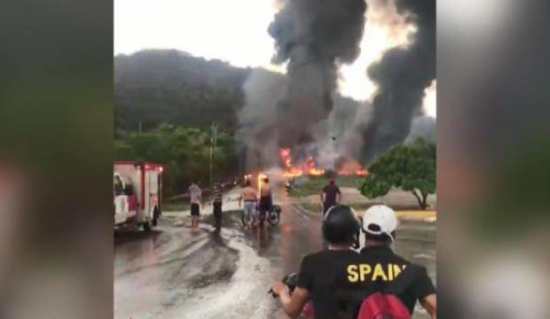 Venezuela'da petrol rafinerisinde yangın! 3 ölü