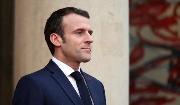 İran'dan Macron'a tepki!