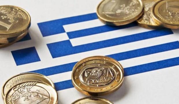 Yunanistan'da ekonomi büyüdü