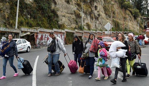 Venezuela'yı terk edenlerin sayısı artıyor!