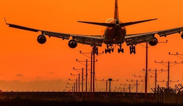 Havada trafik arttı: Gecikme azaldı