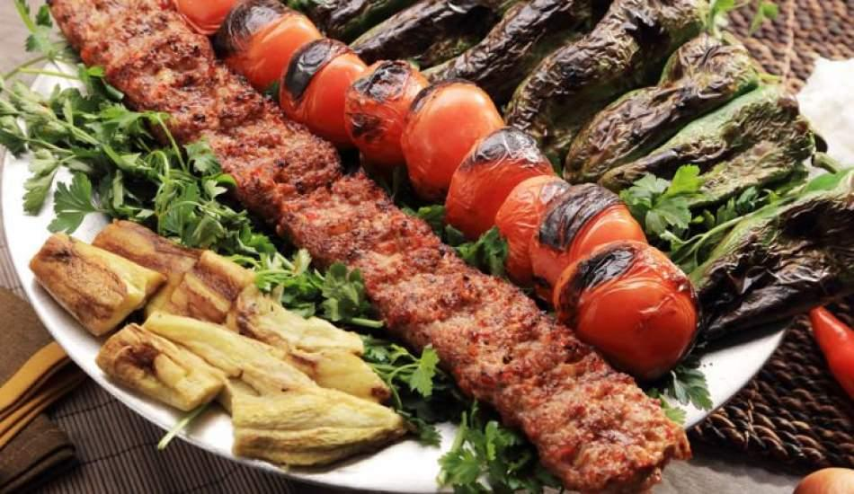Karneni getir kebabı kap! ''Hasan Usta Kebap''tan karne hediyesi