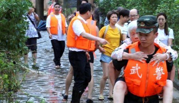 Sel, Çin'i vurdu: Ölü sayısı artıyor