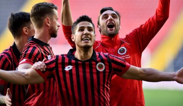 Konyaspor'dan transfer! Prensip anlaşması...