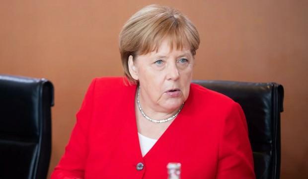 Merkel duyurdu! Suudilere silah satılmayacak