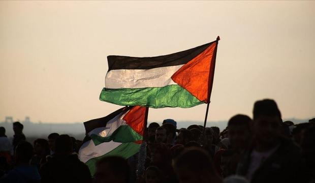 İsrail askerlerinin yaraladığı Filistinli genç şehit oldu