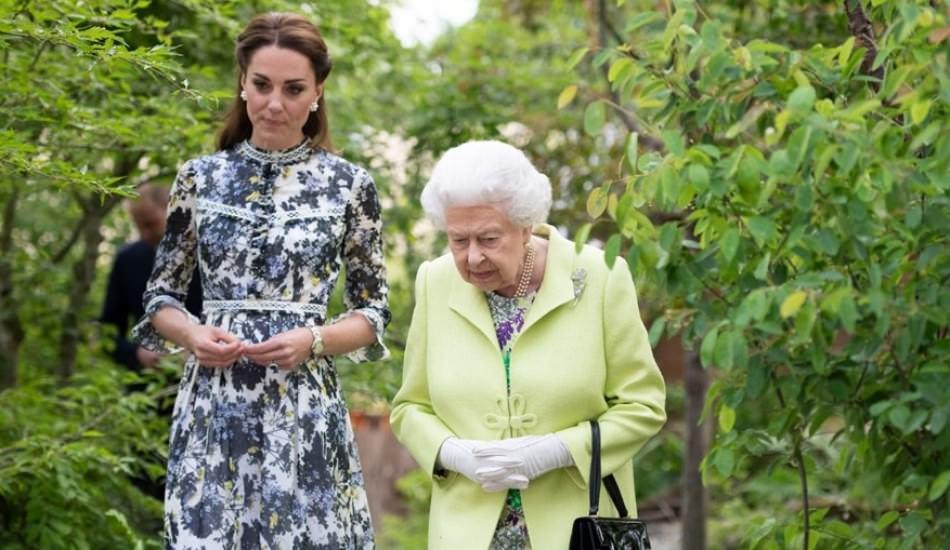 Kraliçe 2. Elizabeth'ten Kate Middleton'a yeni görev
