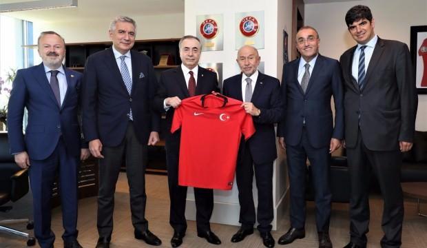 Mustafa Cengiz'den Nihat Özdemir'e ziyaret