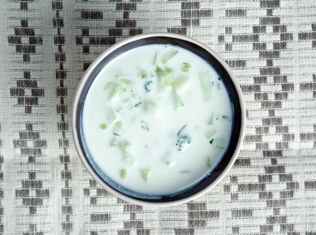 Göbek eriten ve yağ yakan yoğurt karışımı