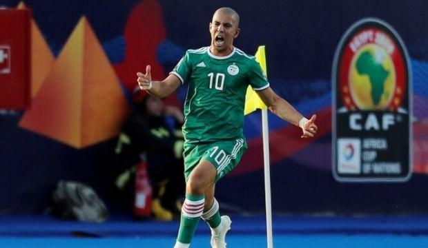Sofiane Feghouli Cezayir'i yarı finale taşıdı