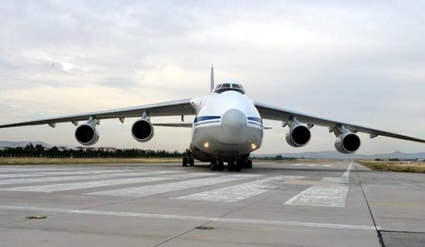 S-400 sevkiyatında 13'üncü uçak Mürted Hava Meydanı'na indi