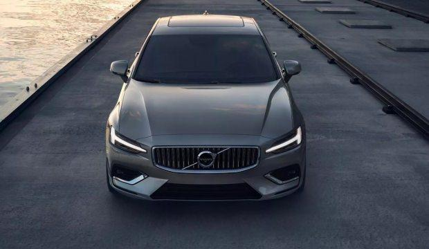 2019 Volvo S60 fiyatı ve motor seçenekleri: Yeni güvenlik önlemi eklendi!
