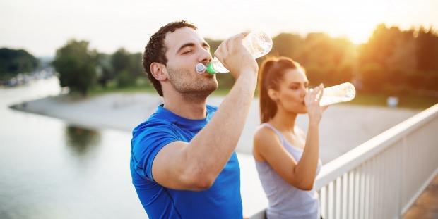 1 haftada 7 kilo verdiren su diyeti nasıl yapılır