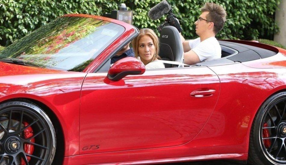 Jennifer Lopez'e Alex Rodriguez'den Porsche hediyesi!