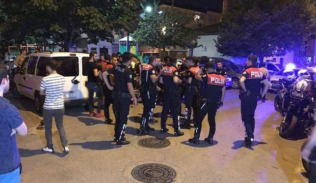 Bursa'da bıçaklı kavga: 4 yaralı