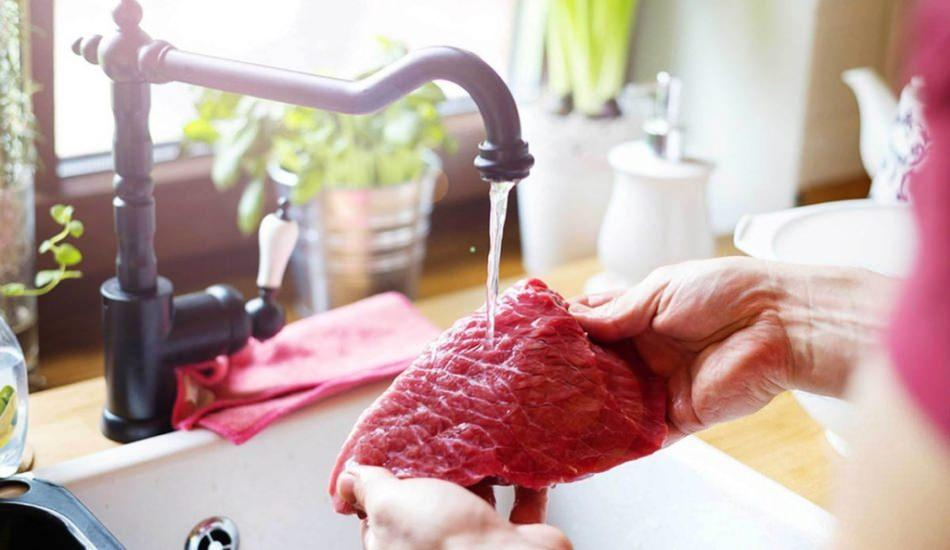 Et nasıl yıkanır? Et tuzlanır mı? Et nasıl pişirilmeli?