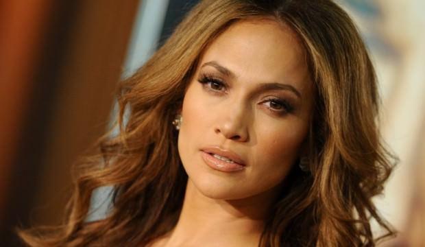 Jennifer Lopez 10 TIR'la Antalya'ya geliyor