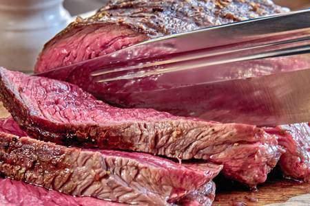 Et tam pişirilir mi?