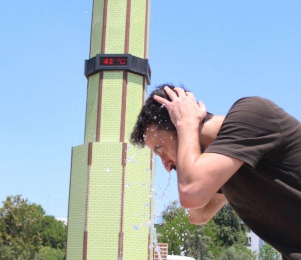 Antalya'da termometreler 42 dereceyi göstermişti.