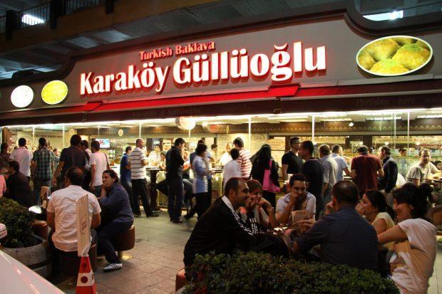 Karaköy- Güllüoğlu