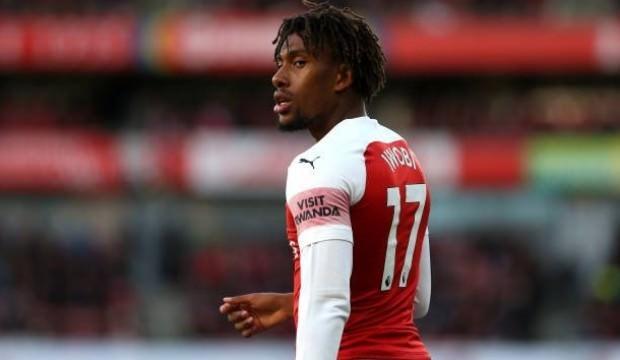 Everton Alex Iwobi'yi transfer etti!