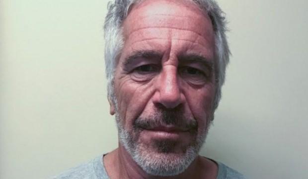 ABD'li milyarder Jeffrey Epstein hücresinde ölü bulundu