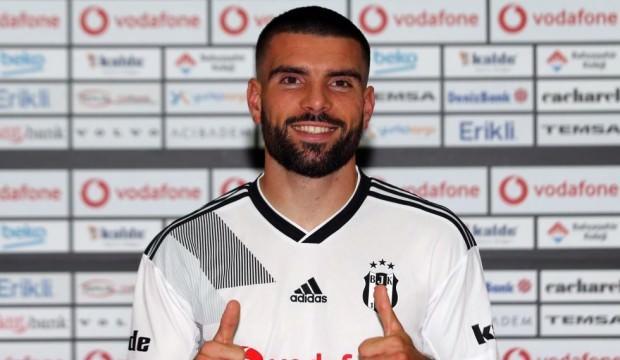 Beşiktaş bir transferi daha açıkladı!