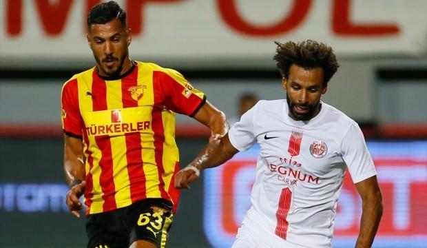 Göztepe'yi deviren Antalya 3 puanla başladı!