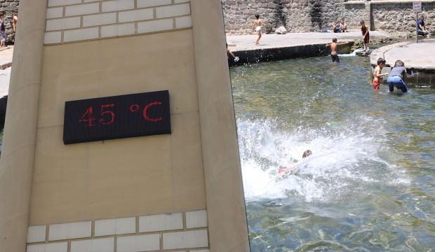 Kavurucu sıcak: Termometreler 45 dereceyi gördü