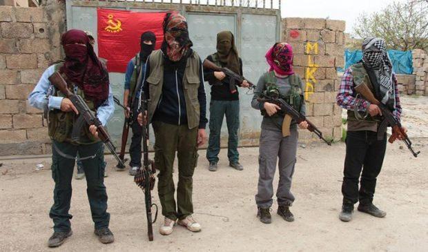 MLKP üyesi bir grup terörist.