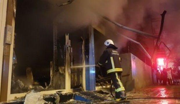 Bursa'da yangın paniği! İş yeri alevlere teslim oldu