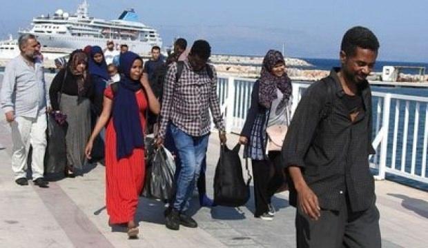 Çeşme'de 31 göçmen yakalandı