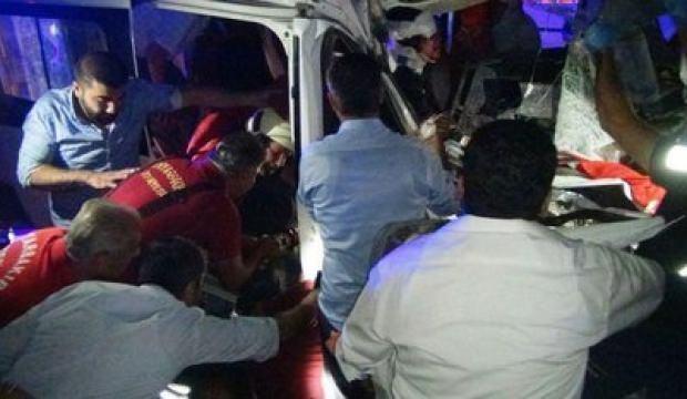 Diyarbakır-Silvan kara yolunda feci kaza!