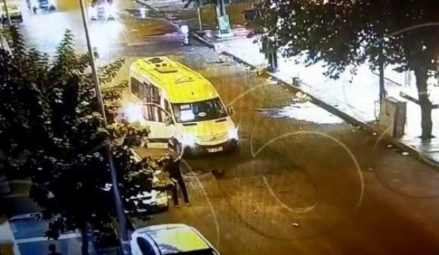 Diyarbakır'da minibüsü yakan terör yandaşları yakalandı