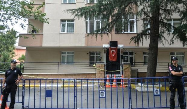 Kolonları patlayan binanın tahliyesine başlandı
