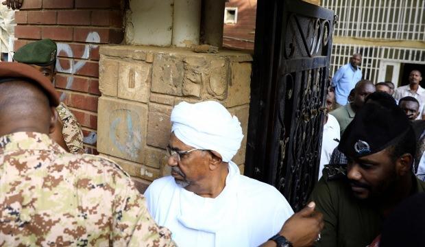 Ömer el-Beşir'den 'Suudi Arabistan' itirafı
