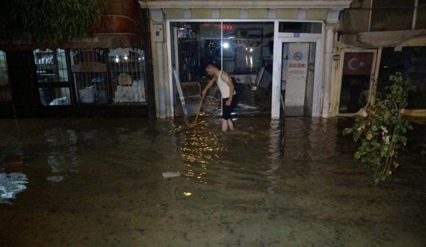 Tokat'ta birçok ev ve iş yerini su bastı