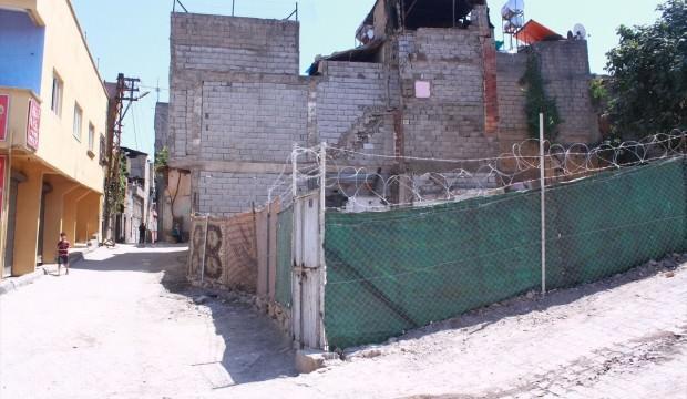 Yıkımda evi zarar gören aileden HDP'li belediyeye tepki