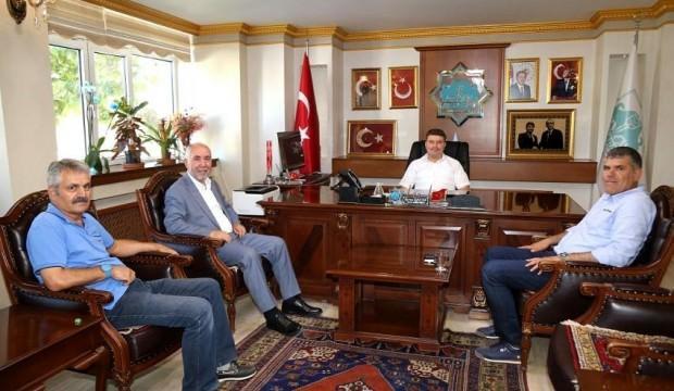 Zekeriya Karaman'dan Belediye Başkanı'na ziyaret