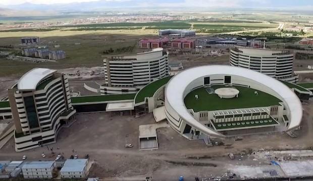 Erzurum Şehir Hastanesi'nin yüzde 95'i tamamlandı