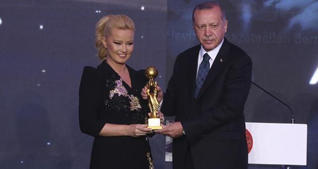 cumhurbaşkanı erdoğan müge anlı
