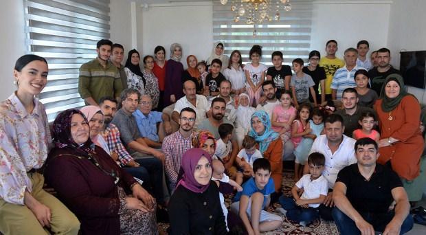 Fikriye Çam ve ailesi