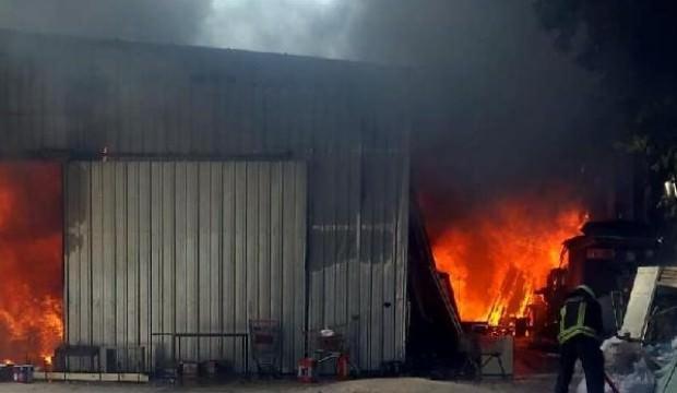 Bodrum'da marangozhanede yangın