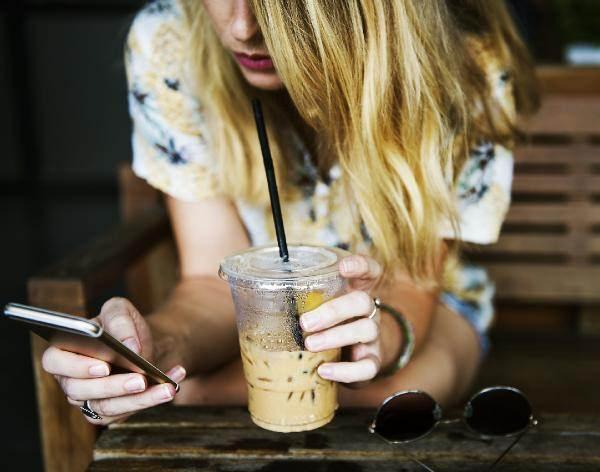 telefon kadınlara zarar veriyor